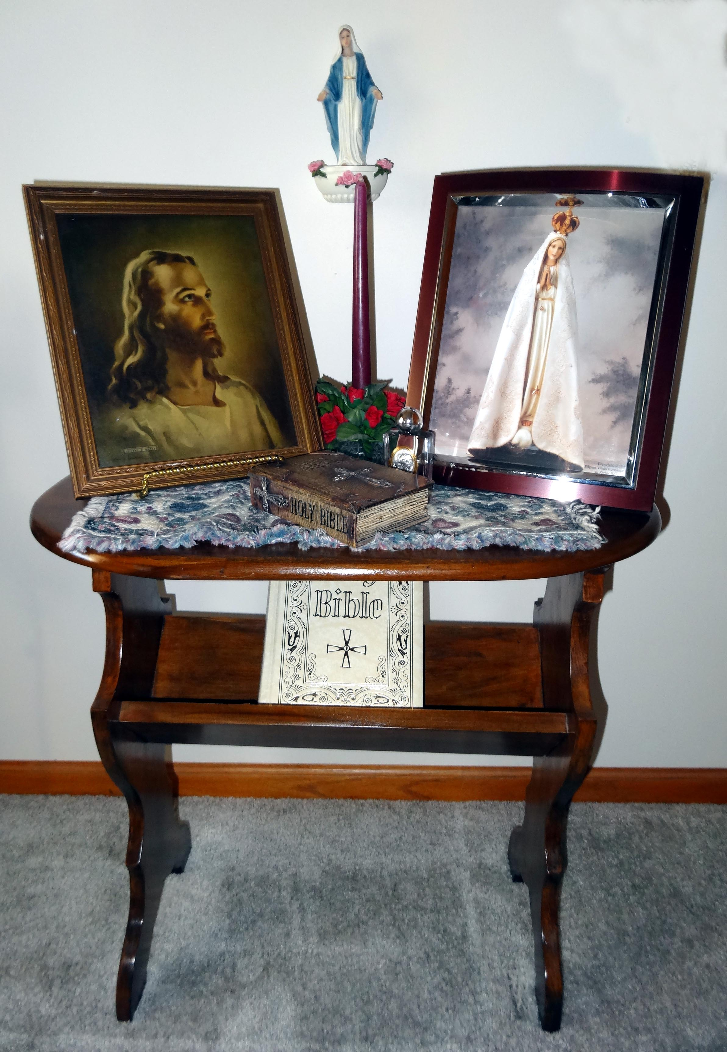 prayer-table